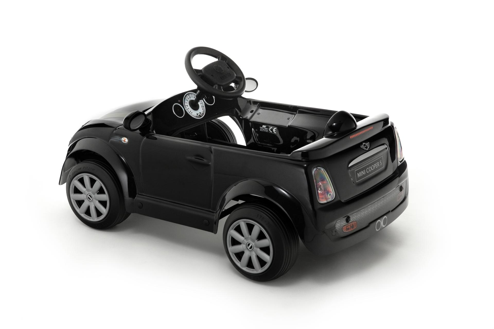 kinder elektroauto toys toys mini cooper s black edition. Black Bedroom Furniture Sets. Home Design Ideas
